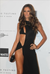 adriana-lima-pelvis-is-the-new-cleveage-pelvage